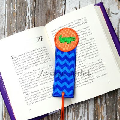 Gator Circle Bookmark