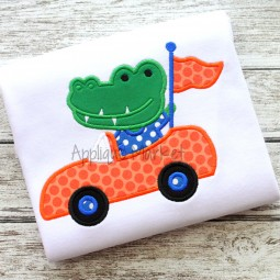 applique embroidery  gator mascot  car