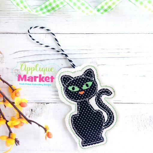 ITH Halloween Ornament Black Cat